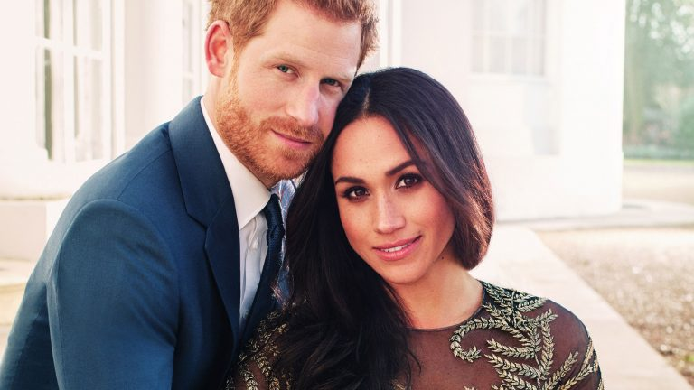 Prince Harry and Meghan Markle announce their engagement, Credit: Alexi Lubomirski via Kensington Palace, Twitter.