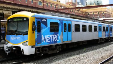 Siemens_train_in_Metro_Trains_Melbourne_Livery_0-2.jpg