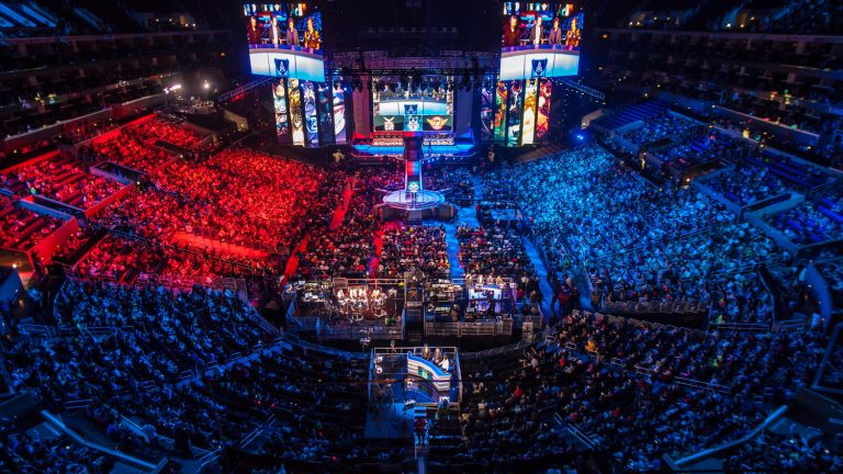 league-of-legfaker-of-skt-t1-atlol-world-championship-at-the-staples-center-lol-world-championshipends-world-championships5B15D_0.jpg