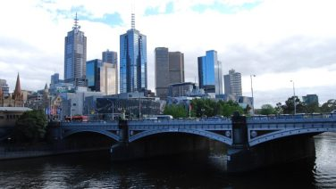 Melbourne's Yarra River and city skyline, Credit: Sydney Tourist Guide.