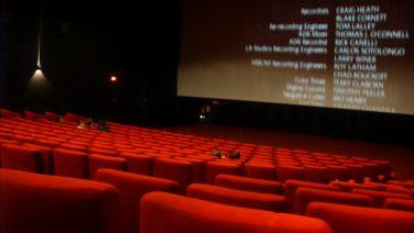 Interno_di_un_sala_da_cinema.jpg