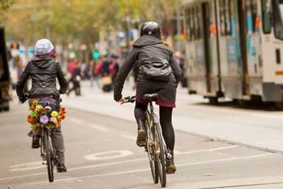 cyclists-trams-400