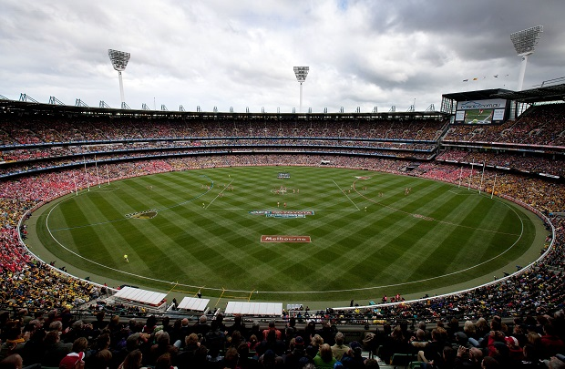 The first bounce of the 2012 Toyota Grand Final match between the Hawthorn Hawks and the Sydney Swans at the MCG, Melbourne. (Photo: Tim Terry/AFL Media)