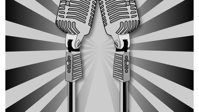 karaoke-149745_960_720-1.png
