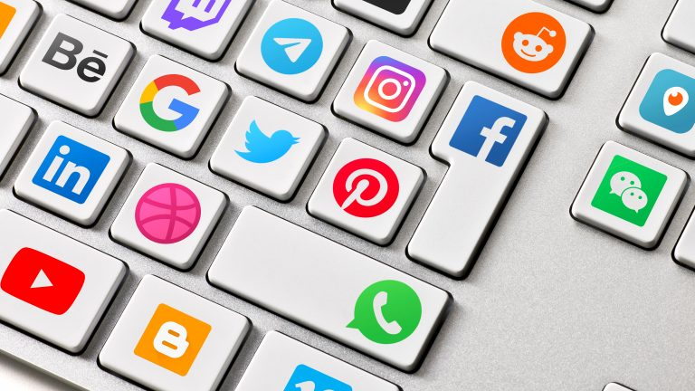 Social,Media,Are,Trending,And,Both,Business,As,Consumer,Are