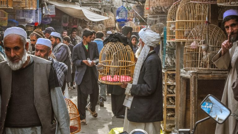 Kabul,,Afghanistan,-,Circa,October,2011:,Photo,Of,Marketplace,Full