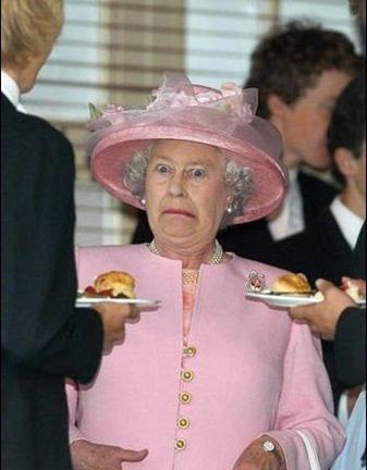 the-queen-biotch_0.jpg